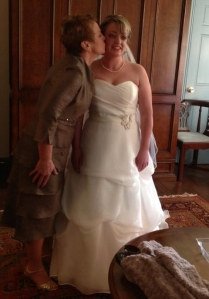 mom n carrie on wedding
